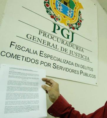 El director del diario Tribuna denuncia penalmente a Fidel Herrera