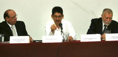 """DECLARA EU Y MÉXICO """"PELIGRO PARA LA SEGURIDAD NACIONAL"""" AL PERIODISTA FAUSTO FERNÁNDEZ PONTE!"""